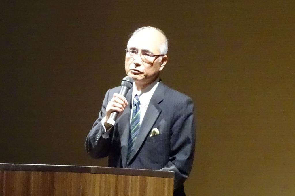 ⑤講演する松田氏