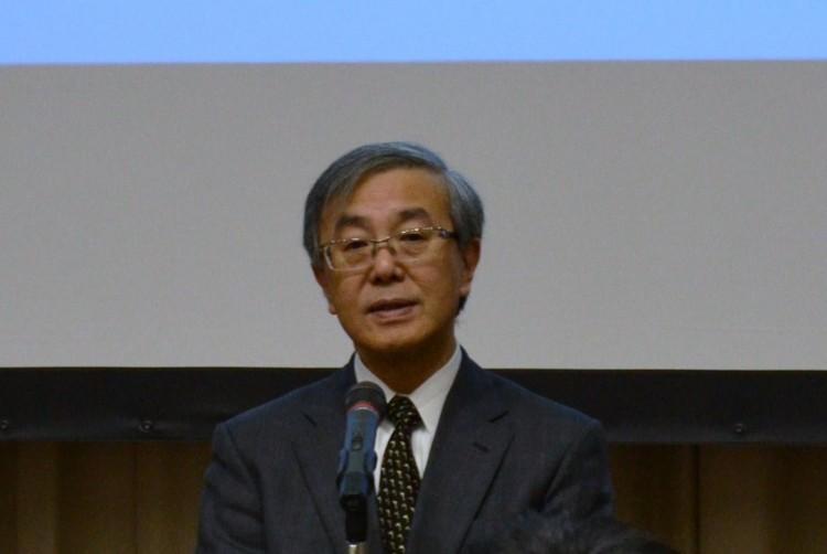 佐藤学長による開会挨拶