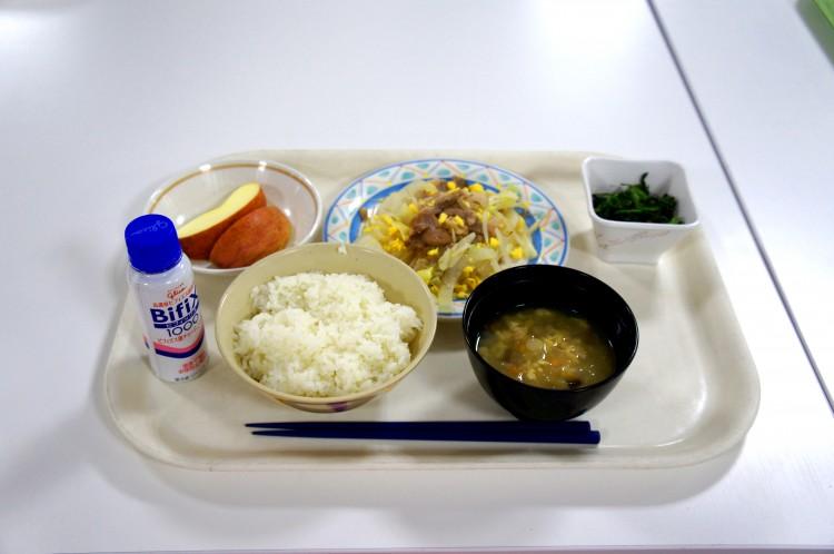 ①けの汁+たまご味噌風野菜炒め定食