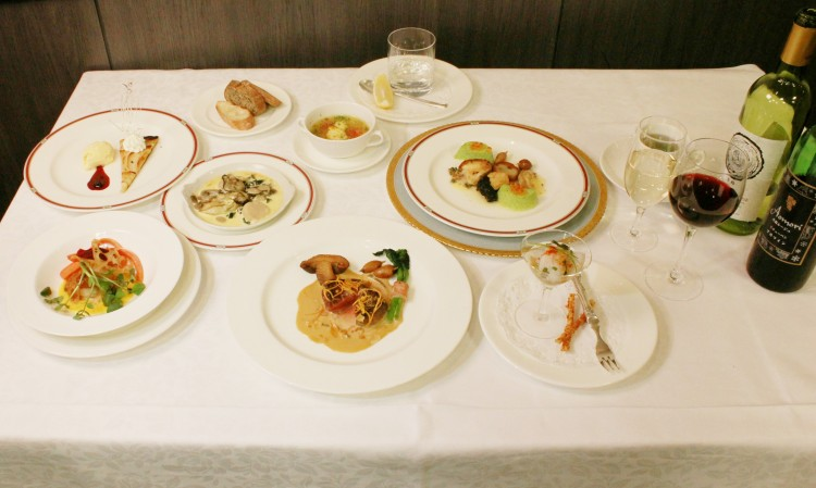 青函産の食材を使用した「青函フルコース」