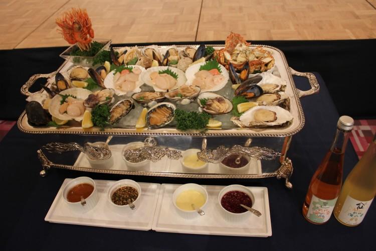 青函産の食材を使用した「海の幸 青函プラッター」