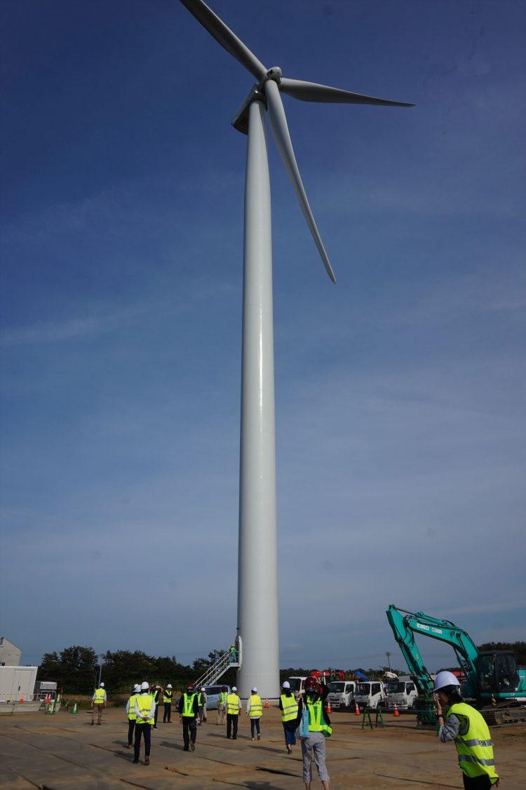 最高到達点約150メートル風車の雄姿