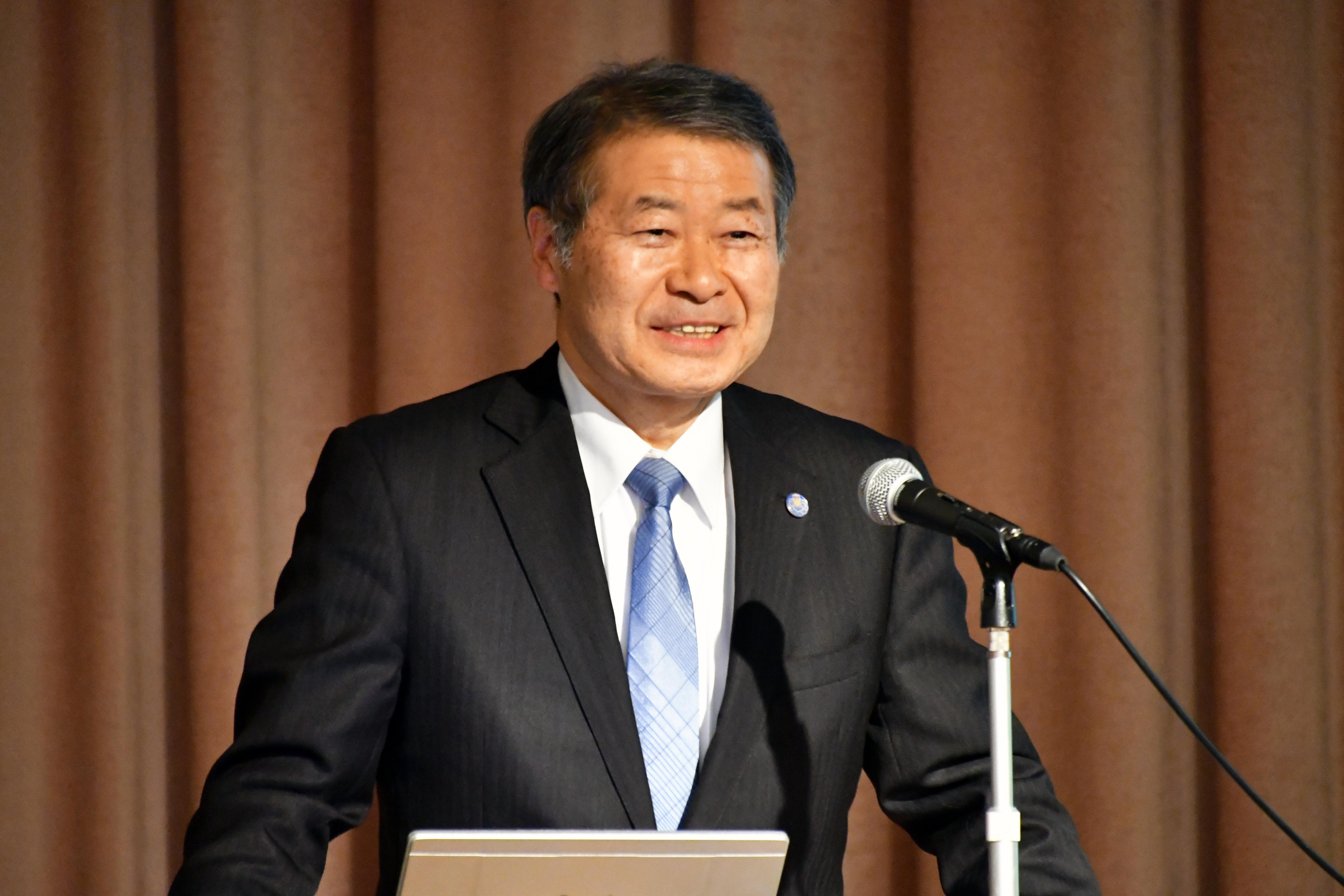 事業説明する吉澤 篤弘前大学COC推進室長